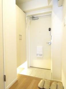 ライオンズマンション北新宿 玄関ホール