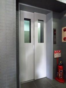 レックス神宮外苑 エレベーター