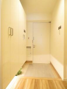 小石川ハウス 玄関ホール