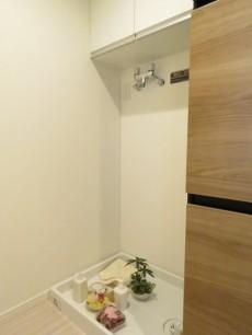 小石川ハウス 洗濯機置場