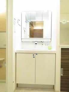 朝日ラ・パリオ四谷 洗面化粧台