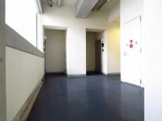スタジオDEn渋谷 共用廊下