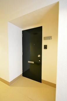 シャトー赤坂台 玄関ドア