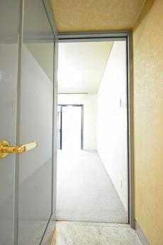 レジェンド南青山ガーデン 7.0帖洋室