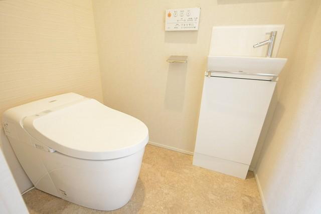 オープンレジデンシア南青山 トイレ
