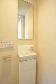 オープンレジデンシア南青山 トイレ手洗い水栓