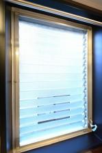 マグノリア バスルーム窓
