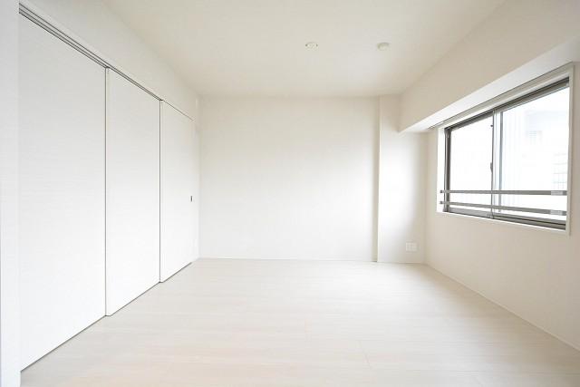 オープンレジデンシア南青山 6.7帖洋室