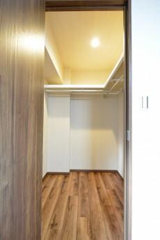 シャトー赤坂台 7.1帖洋室のWIC
