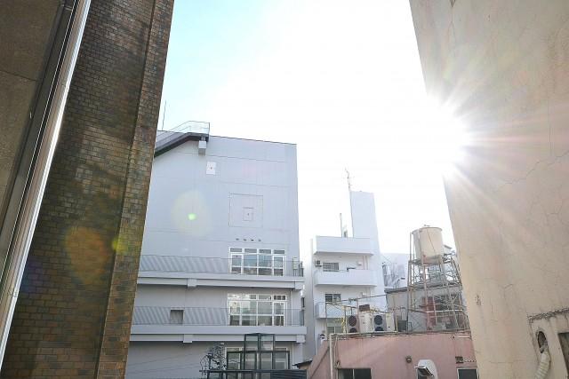 西麻布ハイツ 7.5帖洋室の眺望
