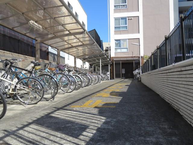 駒沢コーポラス エントランス