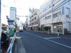 駒沢コーポラス 前面道路