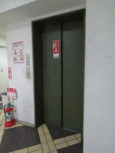 ヴェラハイツ新宿 エレベーター