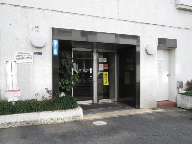 ヴェラハイツ新宿 エントランス