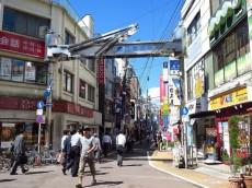 ユニーブル柿の木坂 商店街