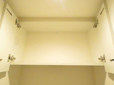 駒沢ガーデンハイツ トイレ収納