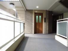 マートルコート恵比寿南Ⅱ 共用廊下