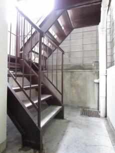 東武ハイライン高輪 共用階段