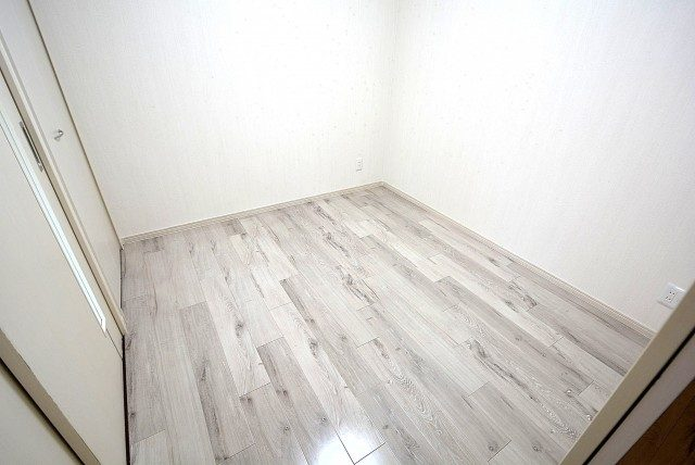 ライオンズマンション飯田橋 洋室