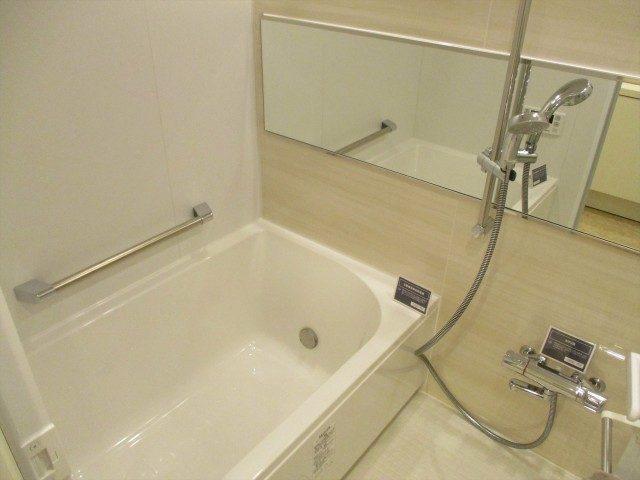 8東建第2上町マンション浴室