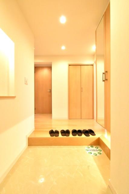 クレール八幡山 (5)玄関