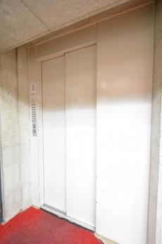 第18宮庭マンション エレベーター