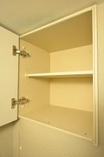 第18宮庭マンション トイレ吊戸棚