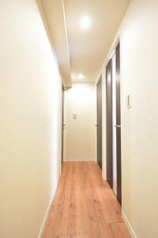 第18宮庭マンション 廊下