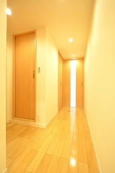 南青山ロータリーマンション 玄関廊下