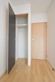 目黒サンライズマンション 5.1帖洋室収納