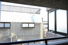 アルカサル世田谷上町 約5.8帖洋室のバルコニー眺望