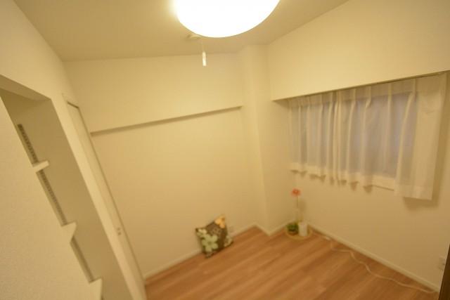 築地永谷コーポラス 洋室