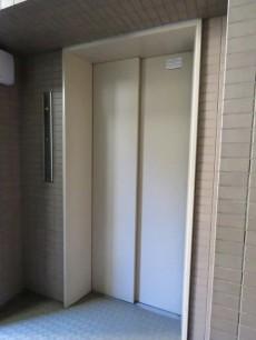 上北沢五丁目パーク・ホームズ エレベーター
