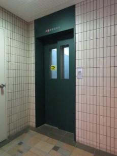 モンターニュ目黒中町 エレベーター