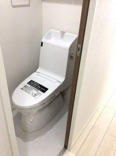 ラインコーポ箱崎 (57) トイレです 一体型のスタイリッシュタイプのトイレです