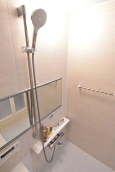 バロール代々木 浴室