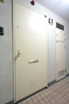 芝公園アビタシオン 玄関