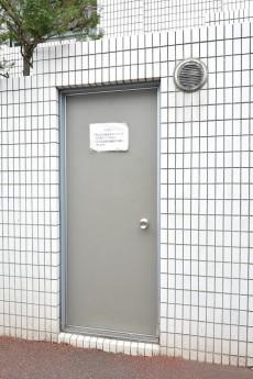 コスモ目黒長者丸 ゴミ置き場