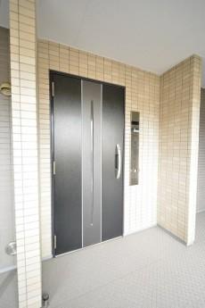 フェイム芝浦インターウエーブ 玄関ドア