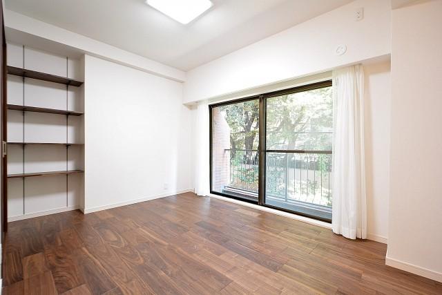 GSハイム南青山 7.5帖洋室