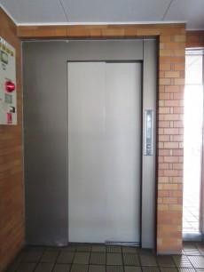 グレイス三軒茶屋 エレベーター