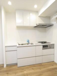 エバーグリーンパレス新宿 キッチン