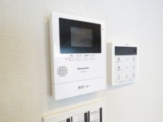 秀和築地レジデンス TVモニター付きインターホン