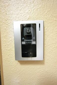三軒茶屋ターミナルビル カラーTVモニター付きインターホン