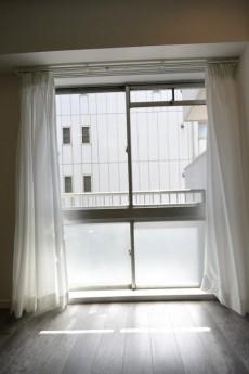 大橋団地(久保ビル) リビングダイニング 窓