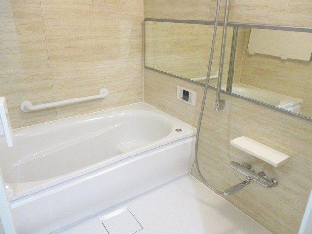6アピカ成城-V浴室