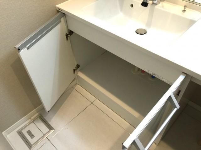 桜丘フラット 洗面台