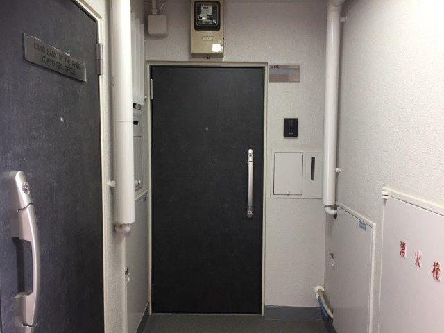 六本木ハイツ 301号(27)玄関