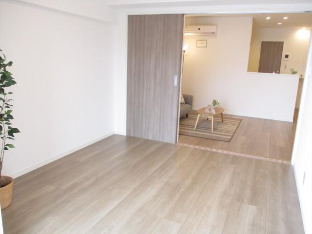31山王スカイマンション洋室