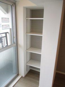 43山王スカイマンションリビング洋室収納